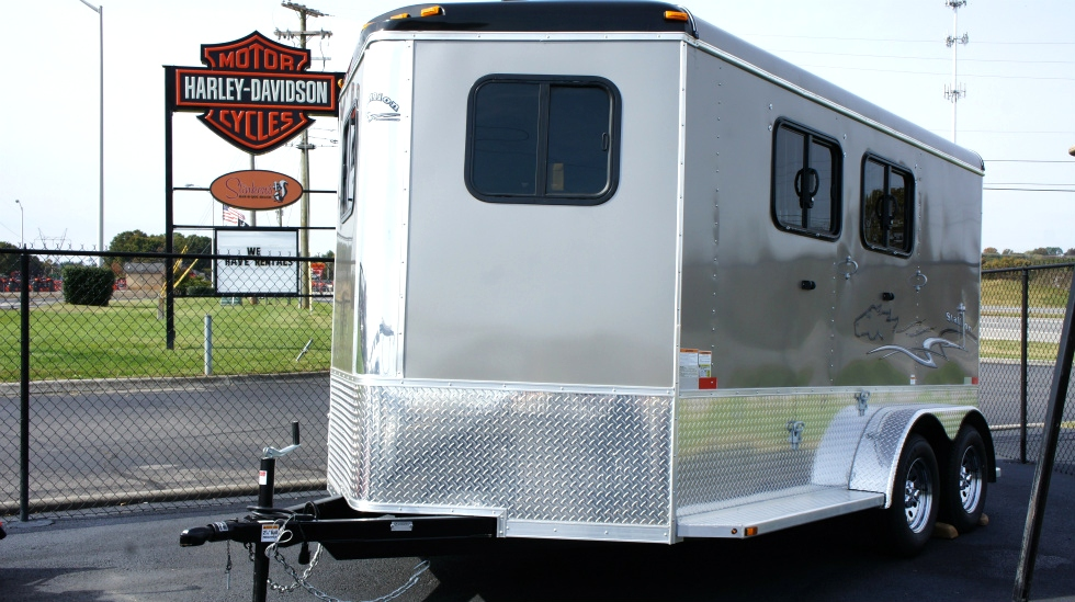 2015 Homesteader  Bumper Pull Horse Trailer Trailers For Sale